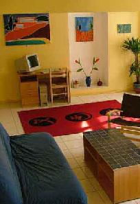 Spacious holiday accommodation in Languedoc Roussillon with             computer and free ADSL Internet Access